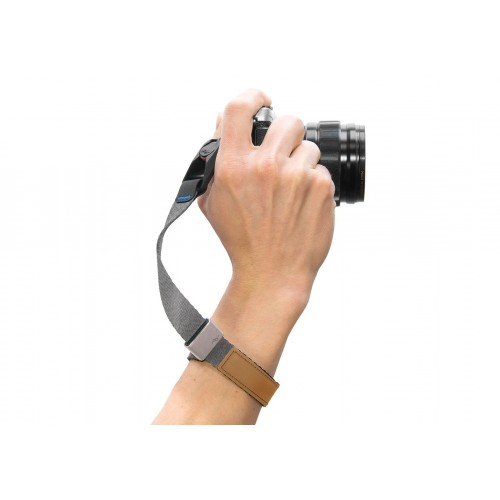 Peak Design Cuff - Charcoal - Quick-connecting camera wrist strap.