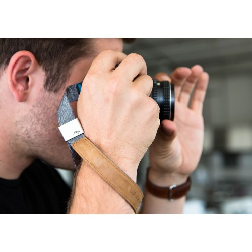 Peak Design Cuff - Ash - Quick-connecting camera wrist strap.