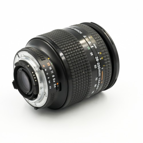 Used Nikon Zoom-Nikkor 28-200mm f3.5-5.6D IF