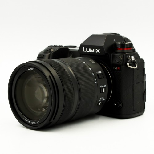 Used Lumix S1R + 24-105mm f4 S lens