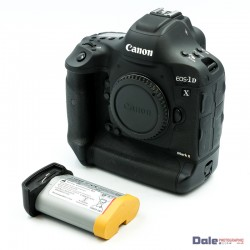 Used Canon EOS 1DX MK II 14000 Shots + Spare Battery
