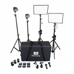 NanGuang Luxpad 43 LED Photo / Video Lighting Kit