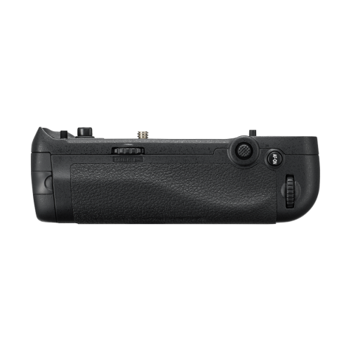MB-D18 Multi-Battery Grip for the D850 camera